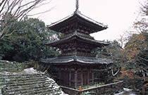 安土城の見所④摠見寺三重塔